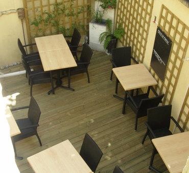 Terrasse de restaurant, treillis Nevers